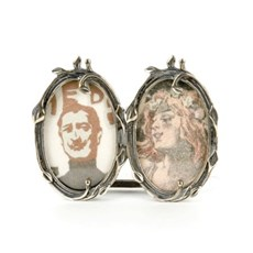 Deux Silberne Bilderrahmen