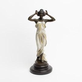 Skulptur der Nymphe des Tales