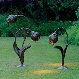 Außenleuchte jugendstil  Blütenknospen aus Metall